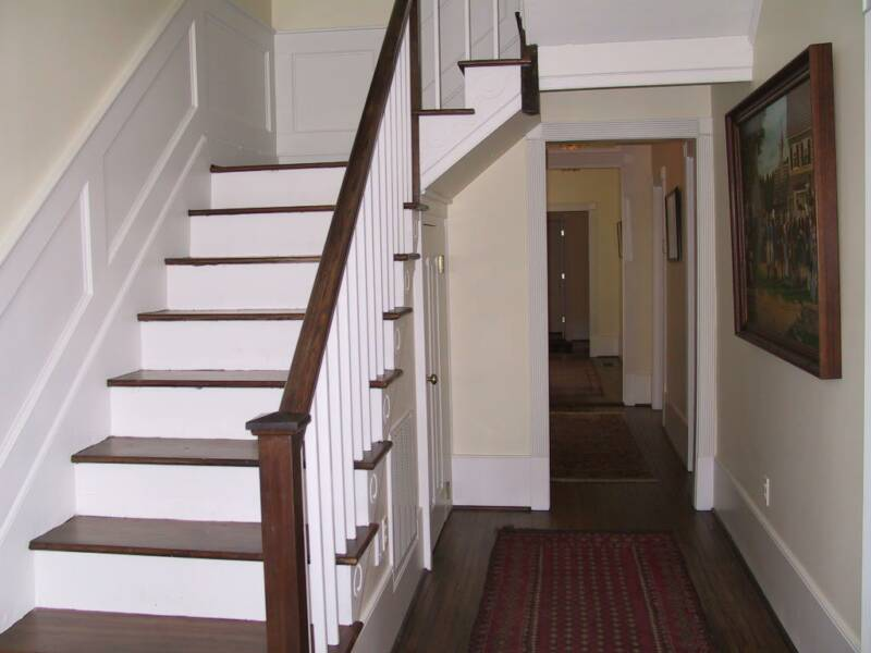 Incroyable Hitchcock Hardwoods, Inc. Will Install Hardwood Stairs And Handrails To  Enhance Your Staircase, Or Refinish Your Existing Stairs To Give Them New  Life.